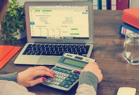 Accountants still using unethical practices